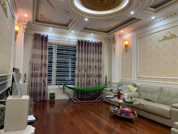 Sở hữu nhà đẹp Phố Thịnh Quang,quận Đống Đa,về ở luôn,DT 70m2, 2 thoáng