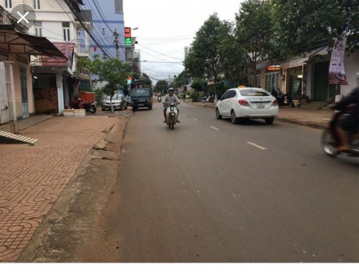 Bán lô đất đường Naypao khu Metro, 120m2