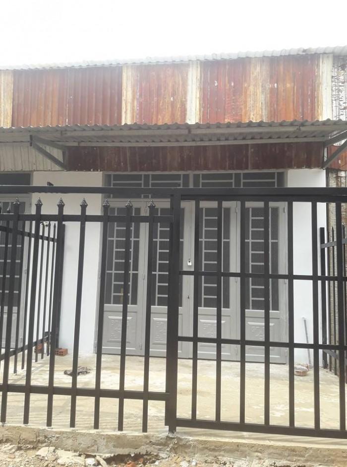Bán căn nhà cấp 4 xây mới  đường 6A