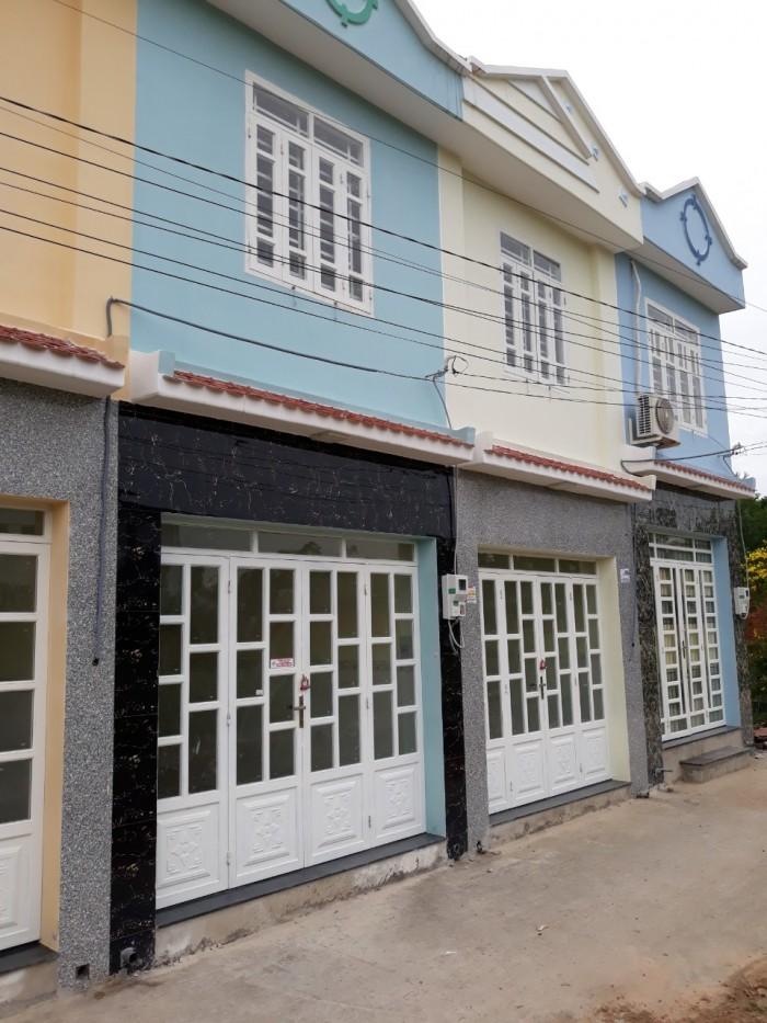 Bán nhà 1 lầu kiên cố 2pn. dt sử dụng 74m2 sổ riêng ngay chợ Đường phường Thạnh Xuân quận 12