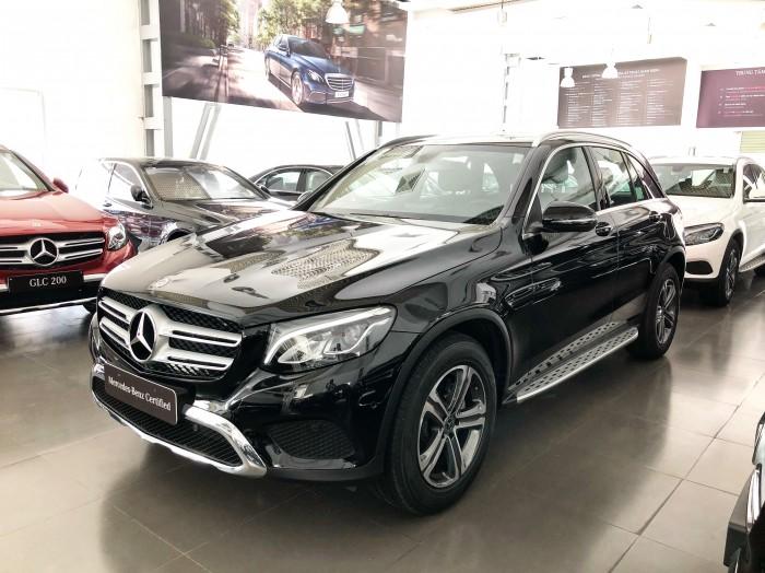 Cần bán gấp Mercedes GLC200 Đen 2018 chạy lướt giá tốt 4