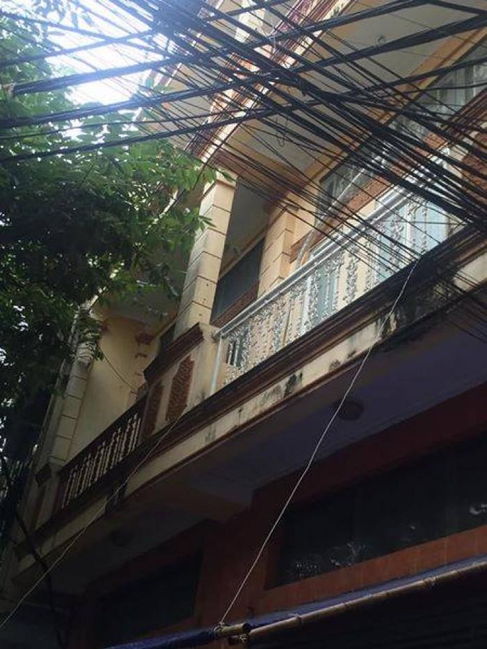 Bán nhà ngõ 67 Thái Thịnh - Đống Đa, DT 40m x 4 tầng