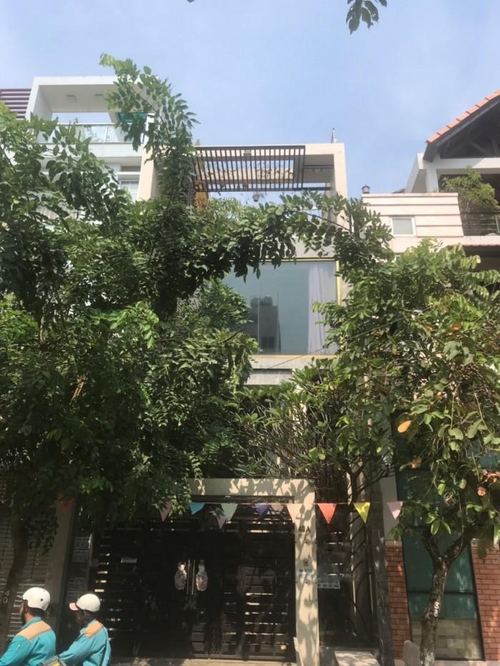 Cần bán nhanh nhà 2 lầu mặt tiền đường số 81, phường Tân Quy, quận 7