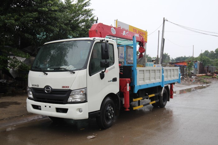 Giá xe tải Hino XZU720L gắn cẩu Unic V290 3 tấn - Gọi 0978015468 (MrGiang 24/24)