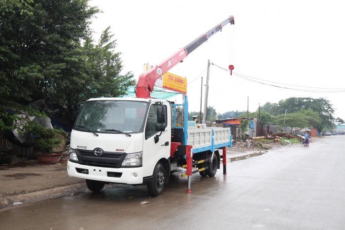 Mua xe tải Hino XZU720L gắn cẩu Unic V290 3 tấn - Gọi 0978015468 (MrGiang 24/24)