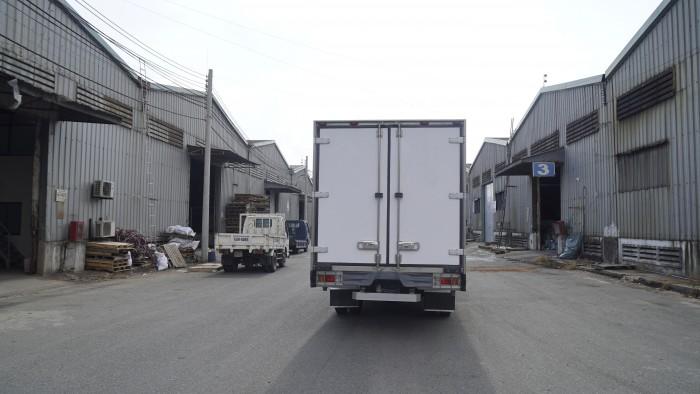 Xe tải Hino XZU720L 3.5 tấn thùng đông lạnh, trả trước 100 triệu lấy xe trong ngày