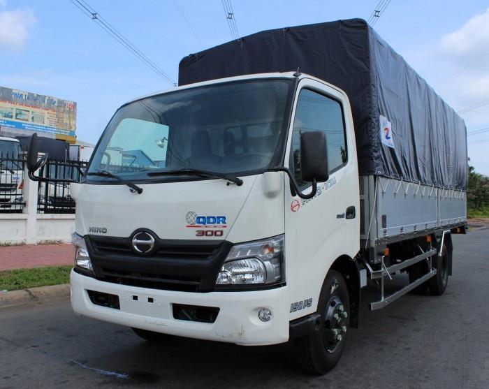 Giá xe tải Hino XZU730L 5 tấn thùng mui bạt - Gọi 0978105468 (MrGiang 24/24)