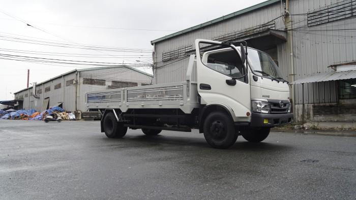 Xe tải Hino XZU730L 5 tấn thùng lửng, trả tru100 triệu giao xe trong ngày - Gọi 0978015468 (MrGiang 24/24)