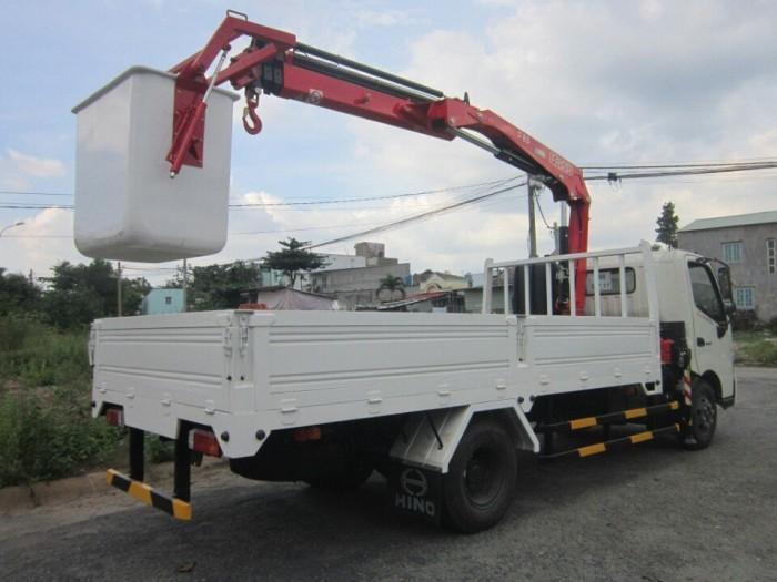 Xe tải Hino XZU730L 5 tấn gắn cẩu UR-V345 3 tấn 5 khúc