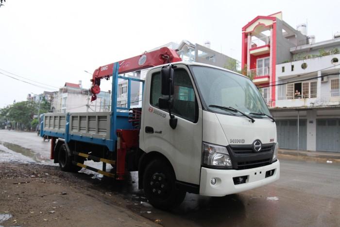 Giá xe tải Hino XZU730L 5 tấn gắn cẩu UR-V345 3 tấn 5 khúc - Gọi 0978015468 (MrGiang 24/24)