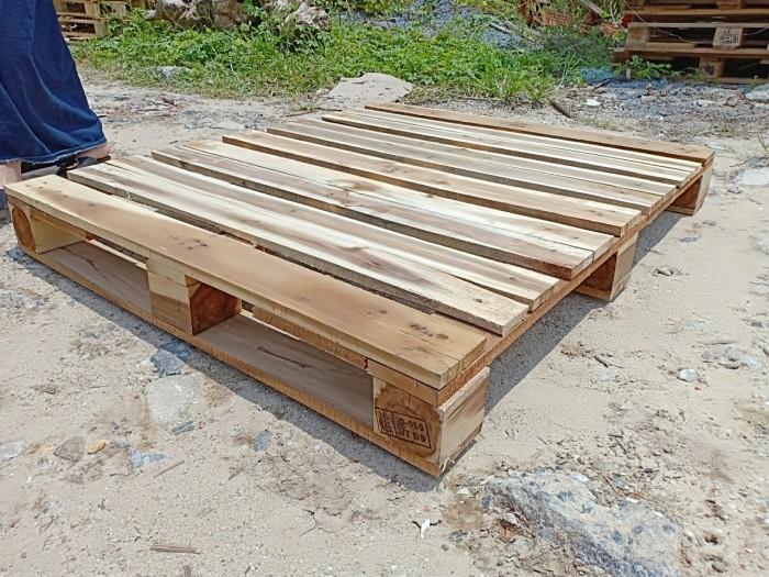 pallet gỗ  1100x1000x150mm3