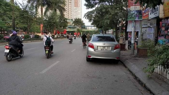 Máy hái tiền mặt phố Tân Mai, vỉa hè 6m, kinh doanh khủng, 35m2, mt 4m