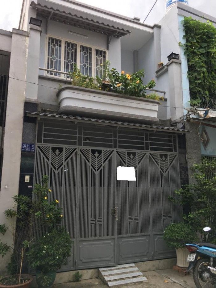 Bán gấp nhà ngay trung tâm Quận 10 đường Nguyễn Tiểu La