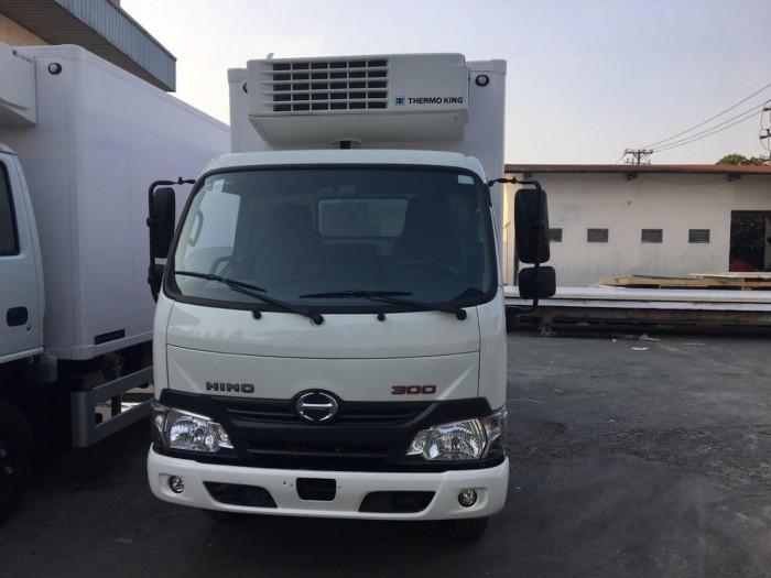 Xe tải Hino XZU650L 1.5 tấn thùng đông lạnh, trả trước 100 triệu giao xe trong ngày 4