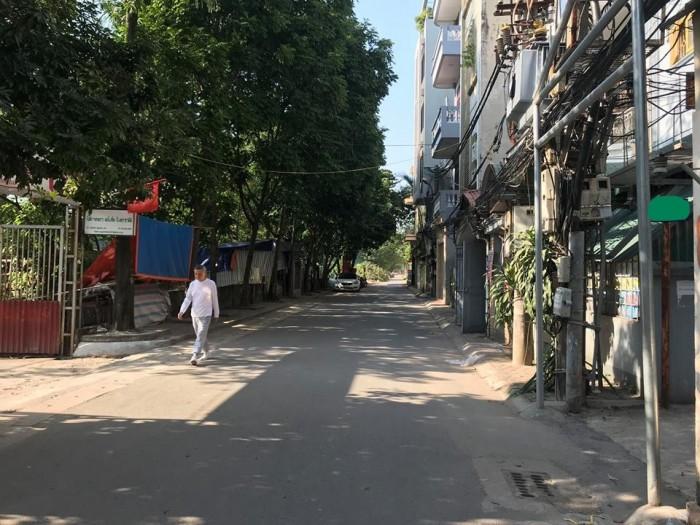 Có Nhà 5 Tâng, Ô Tô Đỗ Cửa Phố Trường Chinh Quận Thanh Xuân.