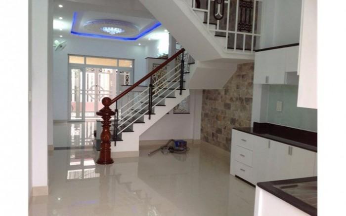 Chỉ với 3 tỷ sở hữu ngay căn nhà Dương Văn Bé , 40m2 x 5 tầng, MT 5,2m.