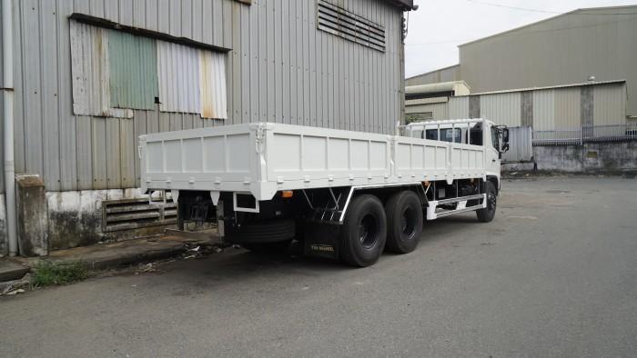 Xe tải Hino FG 8.5 tấn thùng lửng