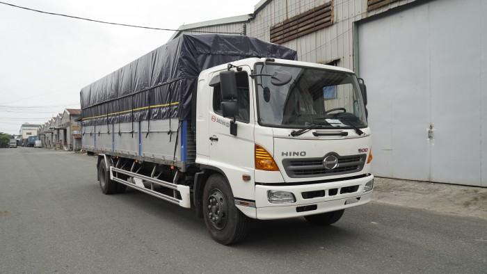 Giá xe tải Hino FG 8.2 tấn thùng mui bạt, trả trước 100 triệu có xe giao ngay - Gọi 0978015468 (MrGiang 24/24)