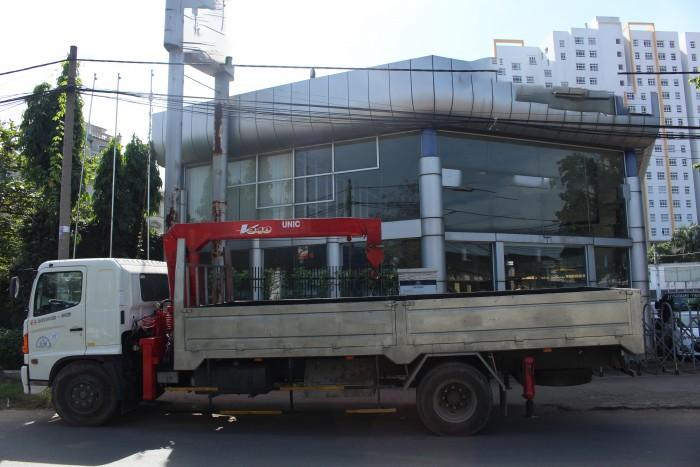 Xe tải gắn cẩu Hino FG 7.5 tấn gắn cẩu Unic URV340 3 tấn 2