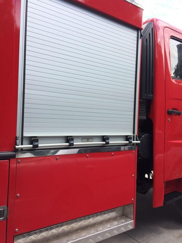 Xe chữa cháy Hino FG 6 khối, 5m3 nước 1m3 bọt foam