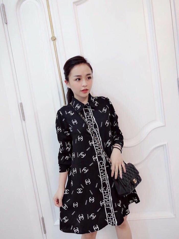 [4] Đầm sơ mi form rộng Chanel (DB2236)
