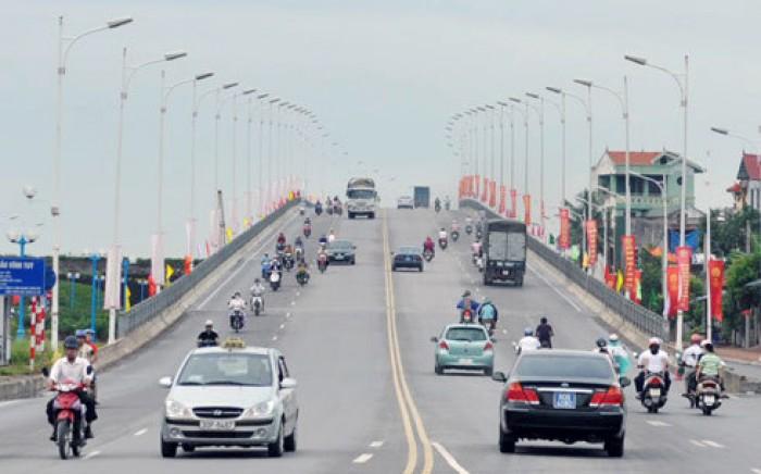 Nhà tự thiết kế phố Trạm, Long Biên 30,5m² chỉ 1,96 tỷ. LH: 0974520796