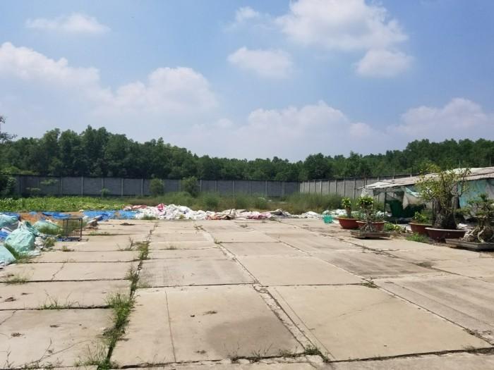 Bán gấp đất gần sân bay Long Thành, đường nhựa 8m, tường rào kiên cố, sổ đỏ 2tr/m2