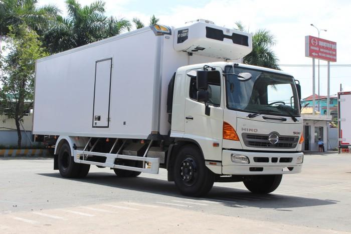 Giá xe tải Hino FC 6.2 tấn thùng đông lạnh 6m5 - Trả trước 100 triệu giao xa ngay - Gọi 0978015468 (MrGiang 24/24)