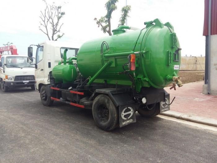 Xe tải Hino FC hút chất thải 5 khối