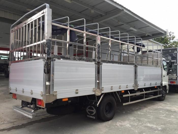 Hino FC 6.4 tấn thùng mui bạt dài 6m7, trả trước 100 triệu nhận xe ngay - Gọi 0978015468 (MrGiang 24/24)