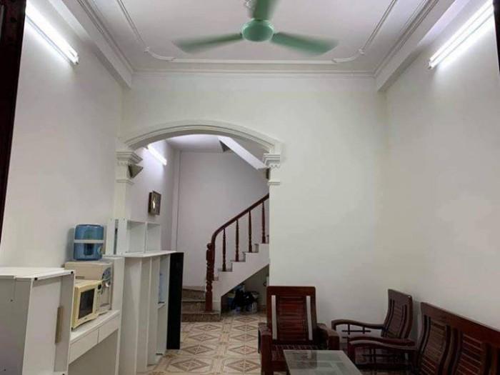 Bán nhà riêng Tôn Thất Tùng. DT 30m x 5 Tầng