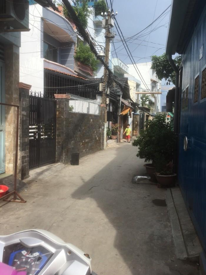 Bán Nhà đường Tôn Thất Thuyết Quận 4, DT 222m2, cấp 4, SHR