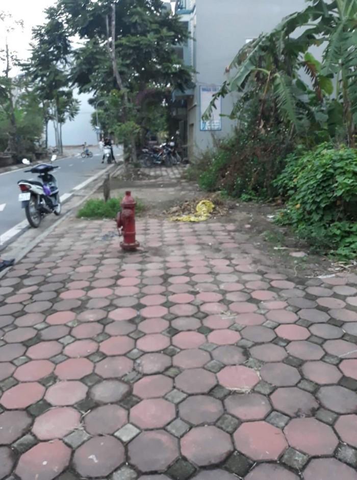 Đất kinh doanh 2 mặt tiền Long Biên, 53m2, đường 13 có vỉa hè, giá Thương lượng.