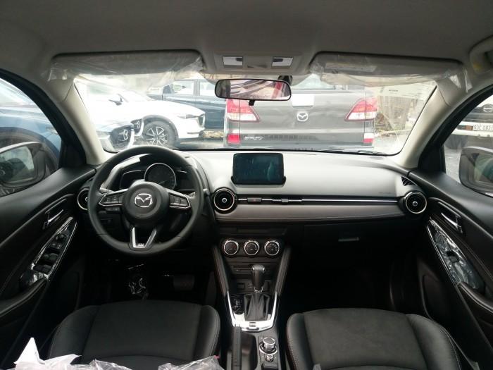 Mazda 2 nhập khẩu (trắng) - Đủ màu giao ngay - Gọi hotline nhận giá tốt nhất