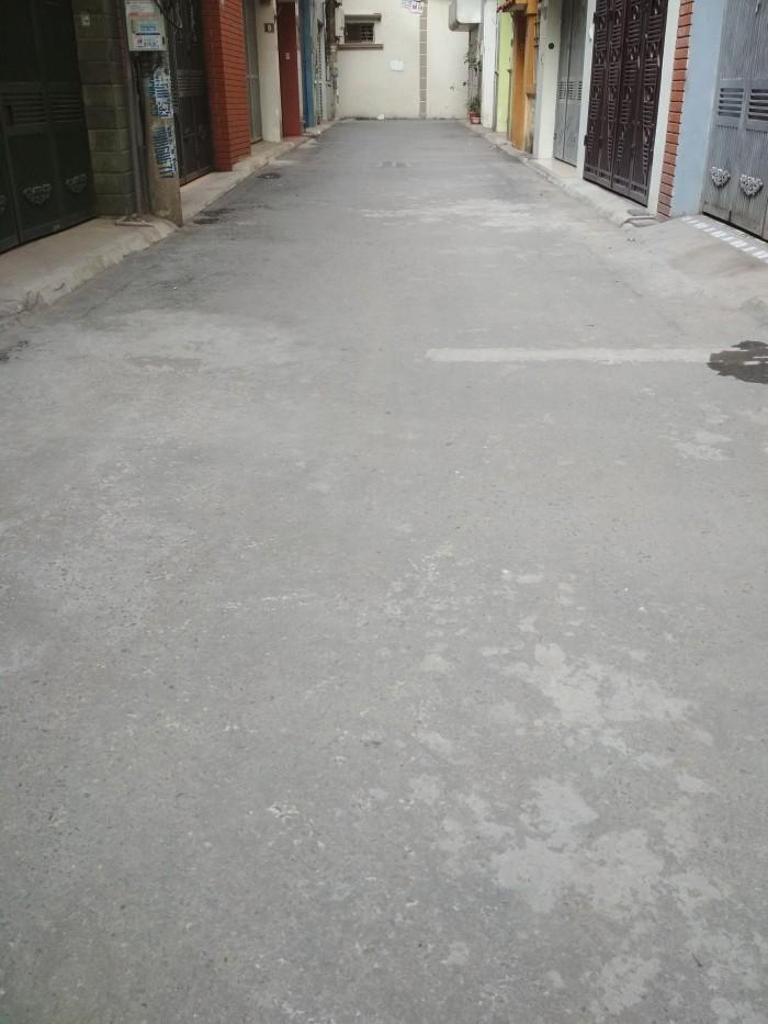 Bán đất (có nhà 2 tầng cũ) ngõ 117 Nguyễn Sơn ô tô đỗ cửa 59m.