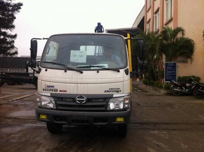 Xe tải chở kính Hino Dutro WU342L 8.25 tấn, trả trước 100 triệu giao xe ngay - Gọi 0978015468 (MrGiang 24/24)