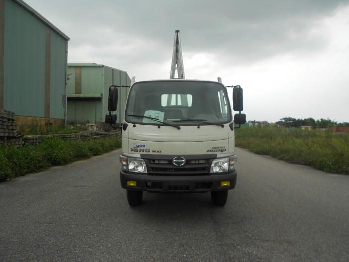 Xe tải chở kính Hino Dutro WU342L 8.25 tấn, trả trước 100 triệu giao xe ngay