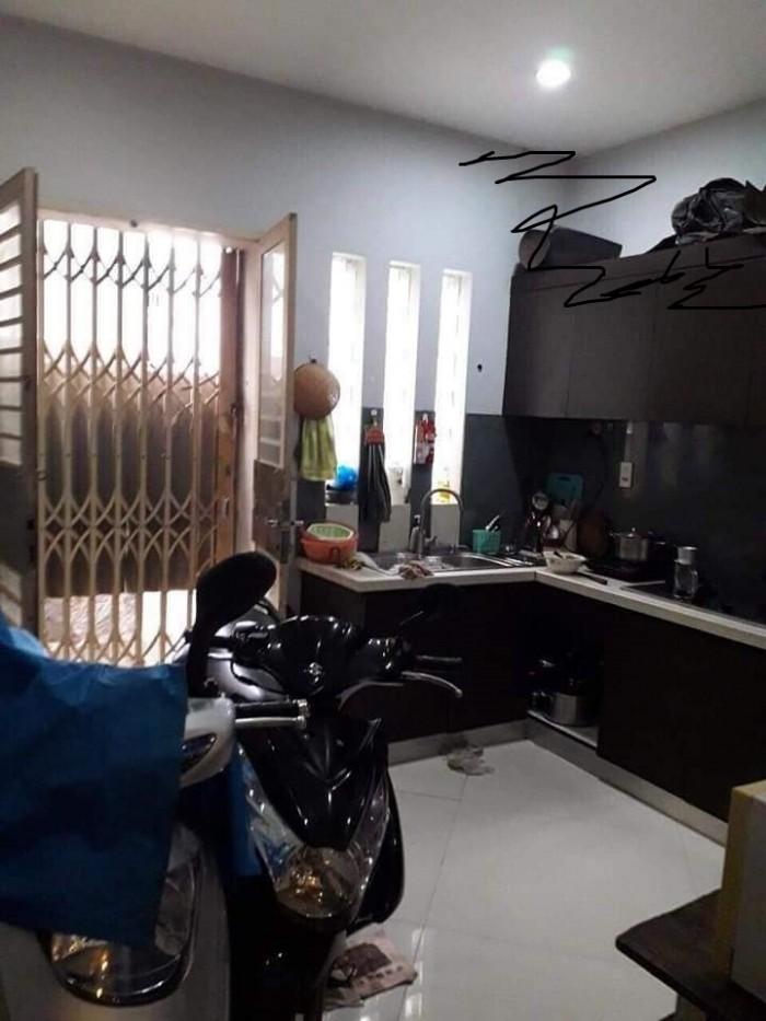 Bán nhà đẹp giá rẻ Quận 10 Đường Nguyễn Tri Phương ở ngay