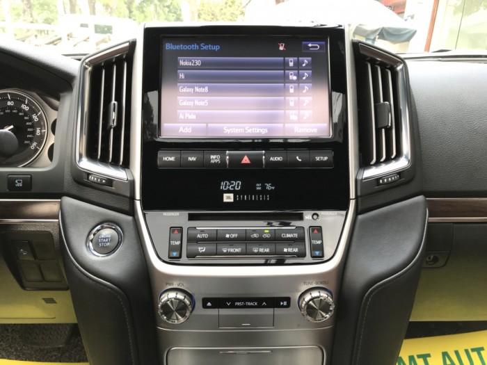 Bán Toyota Land Cruiser V8 5.7 AT đời 2016, màu đen, nhập khẩu Mỹ LH: 0982.842838 17
