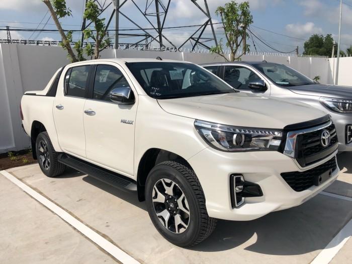 Toyota  hilux 2.8 at (4x4) màu trắng 4