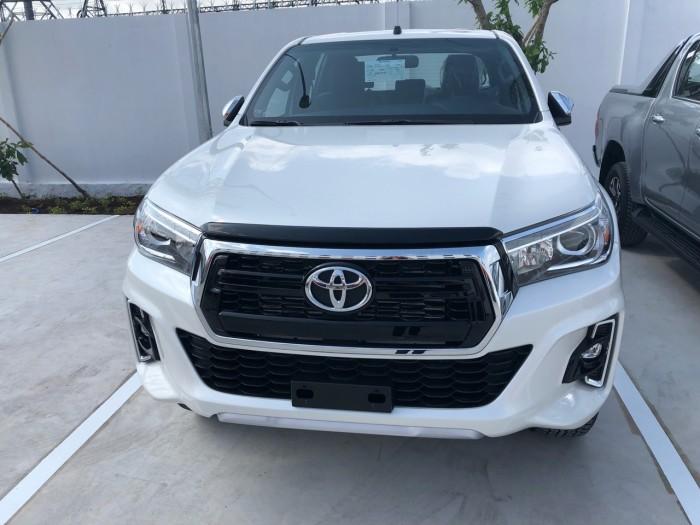 Toyota  hilux 2.8 at (4x4) màu trắng 3