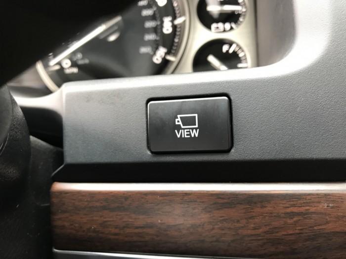 Bán Toyota Land Cruiser 5.7 sản xuất 2015, màu đen, xe nhập Mỹ 19