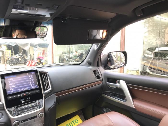 Bán Toyota Land Cruiser 5.7 sản xuất 2015, màu đen, xe nhập Mỹ 16