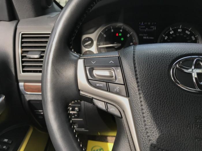 Bán Toyota Land Cruiser 5.7 sản xuất 2015, màu đen, xe nhập Mỹ 14