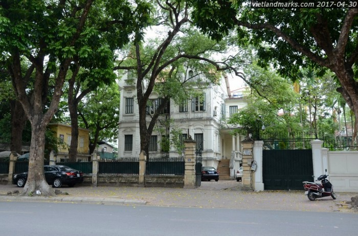 Bán Biệt thự phố Bảo Khánh gần Nhà Thờ, sổ đỏ 1345m2