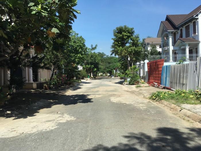 Cần bán gấp 2 lô đất liền kề xây biệt thự tại đường 27 Hiệp Bình Chánh,Thủ Đức,cách Phạm Văn Đồng 500m