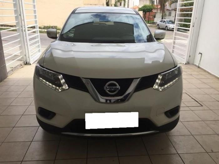 Bán xe Nissan X-Trail 2017 đk 2018 tự động bản full màu trắng 2