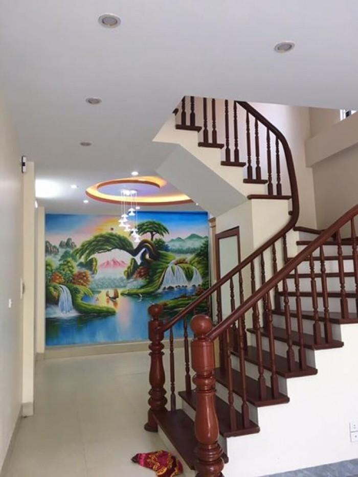 Bán nhà ngõ Văn Chương, dt 32m2, 4 tầng, mt 5m