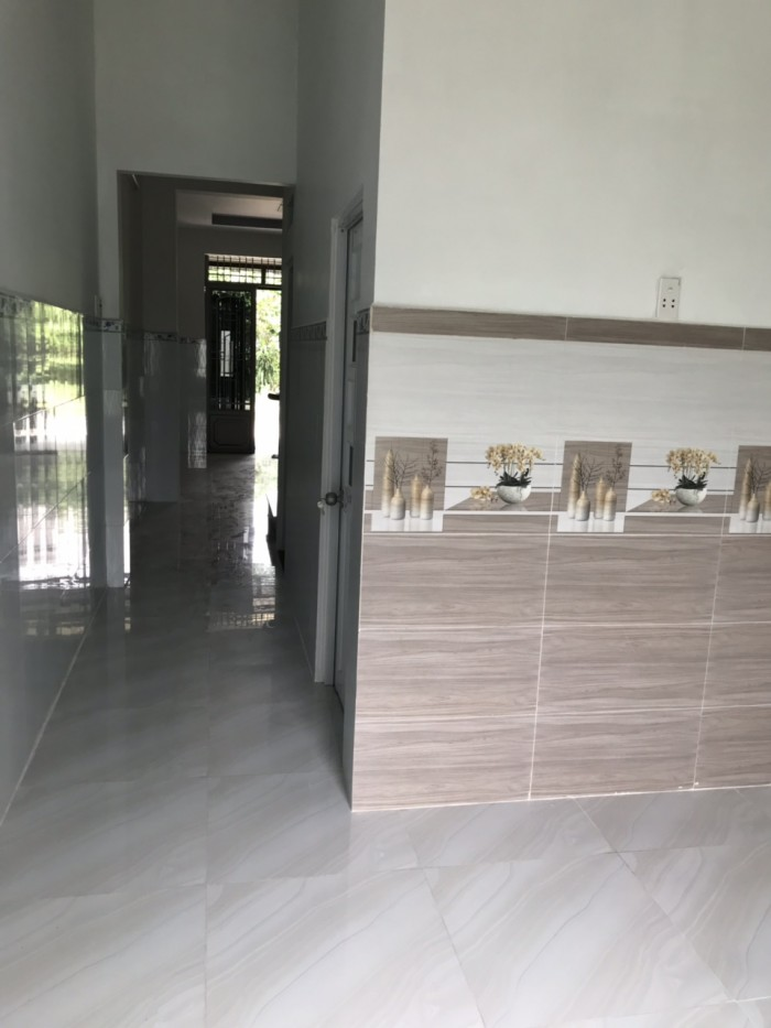 Nhà ngay Nguyễn Duy Trinh 85m2 sử dụng cấp 4 SHR