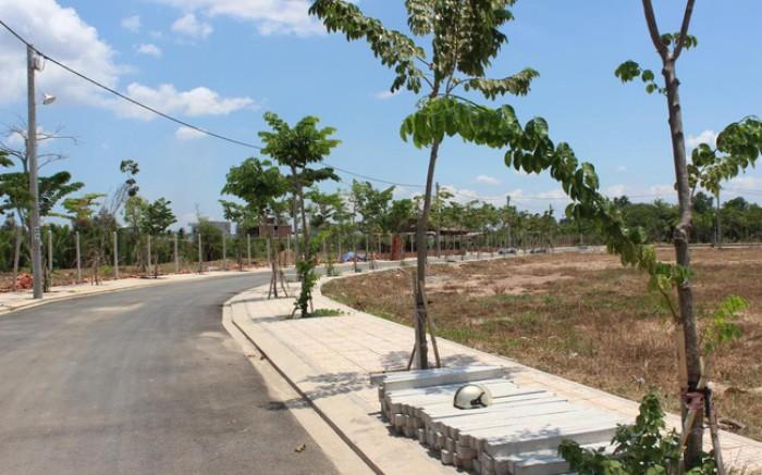 Đất mặt tiền đường Nguyễn thị Định ,Quận ,Sổ Hồng riêng , Xây dựng tự do